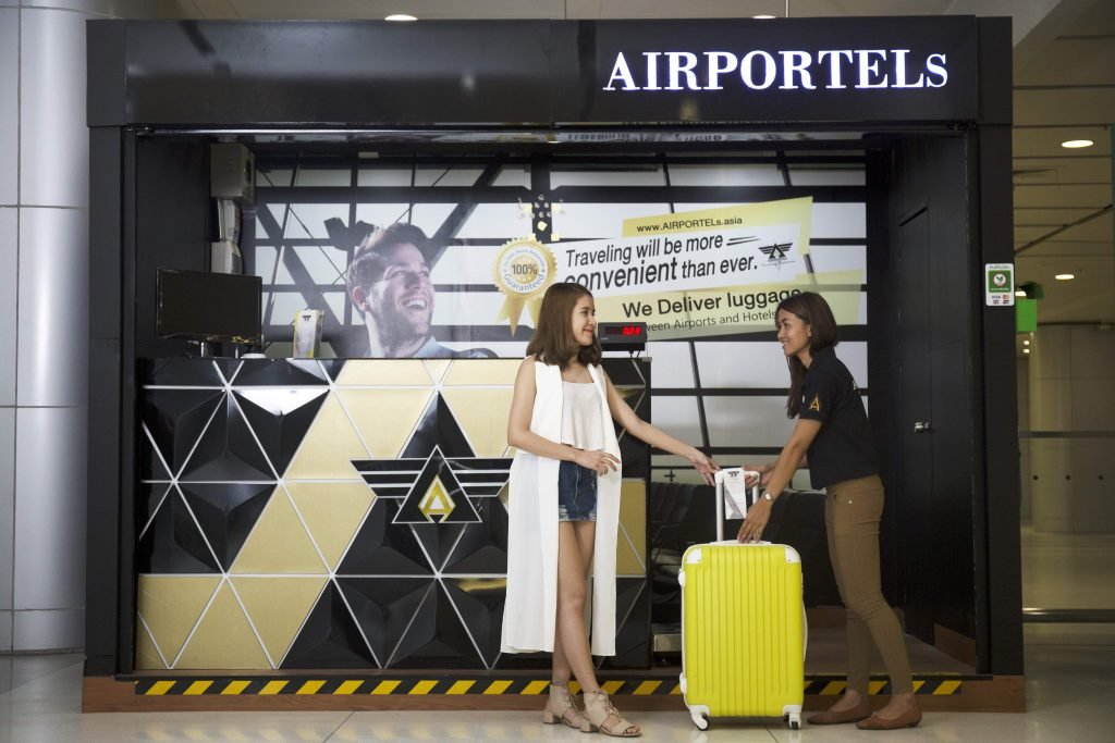 Receive luggage at the airport,deliver luggage in bangkok